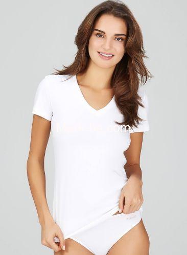Kom Basic V Yaka Tişört