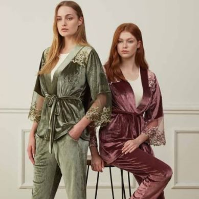 Picture for category Velvet Pajamas Set